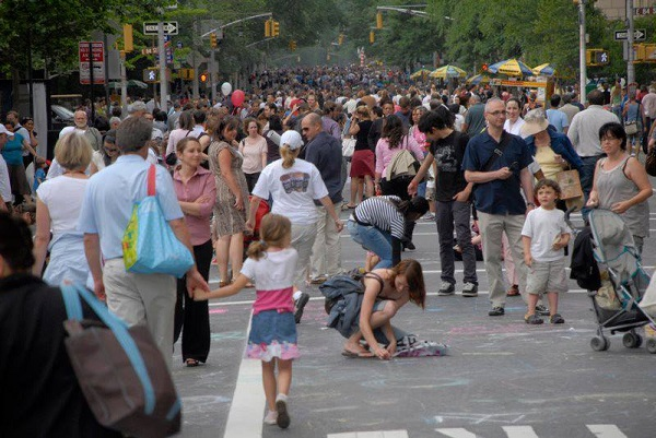 Crowds at the Museum Mile Festival. Photo courtesy of Museum Mile Festival.